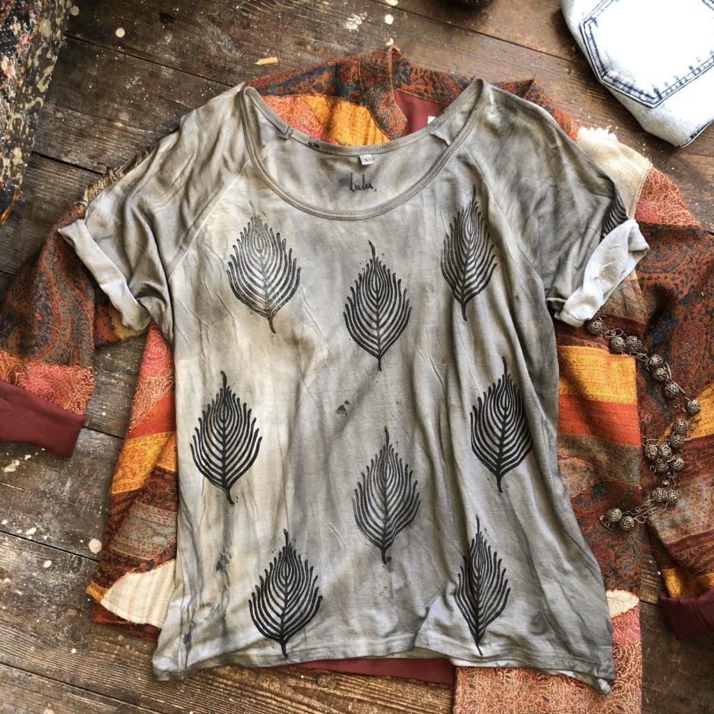 Leaf Skeleton - Flattering Loose Fit Ethical Dip-Dyed & Hand Printed T-Shirt